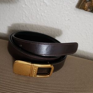 gucci gold buckle black leather 44